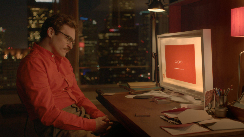 В 2013 году фильм «Она» оценивали как научную фантастику, а сейчас Siri и Окей Гугл воплощают его идеи в жизнь
